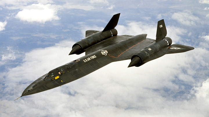 Former Commander Of Sr 71 Blackbird Squadron Visits Newest Arrival At The Science Museum Of