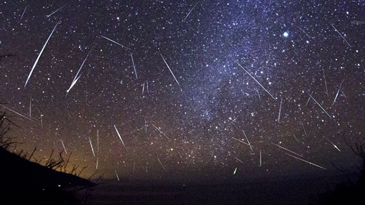 The Perseid Meteor Shower - 12 August 2017 - Will you be watching ??? Perseid-meteor-shower
