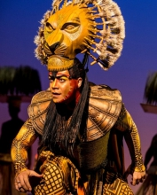Gerald Ramsey as Mufasa in The Lion King.